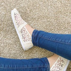 TOMS Women's Ivory Lace Slip-On's